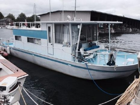 1967 River Queen 38 House Boat