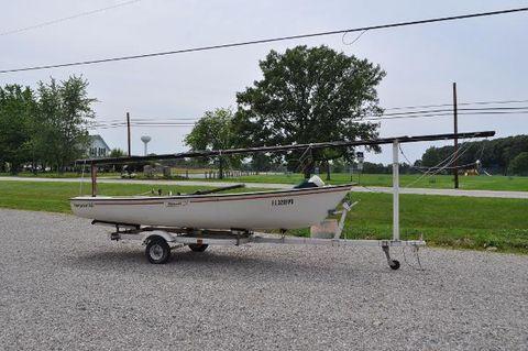 1980 Boston Whaler Harpoon Starboard Side