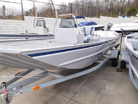 2015 G3 Boats 1860 CCJ DLX