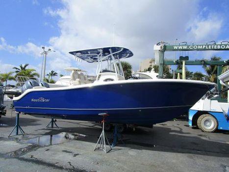 2017 Nautic Star 2602 Legacy CC