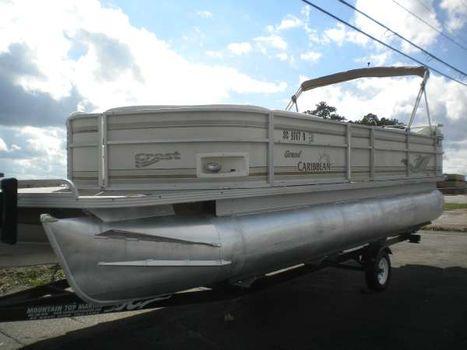 2001 Crest Pontoon Boats Grand Caribbean 25