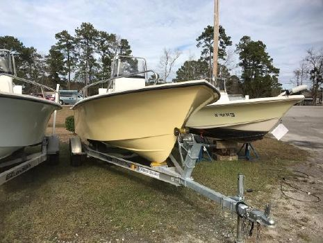 2017 May-craft 1800 Skiff