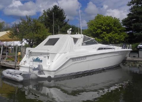 1992 Sea Ray 500 Sundancer 1992 Sea Ray 50 Sundancer for Sale by Great Lakes Boats & Brokerage 440 221 9001