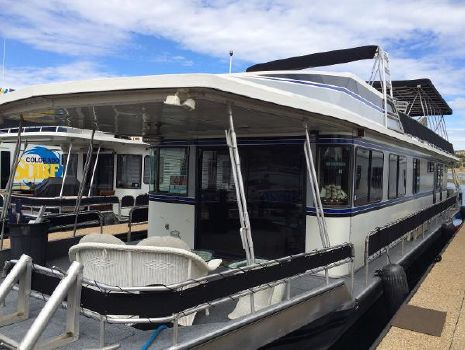 1989 Stardust Cruisers Houseboat