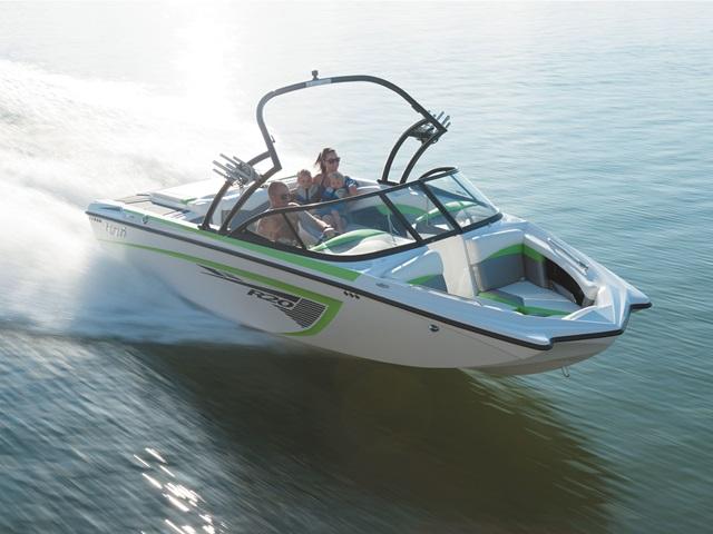 2015 Tige Boat R20