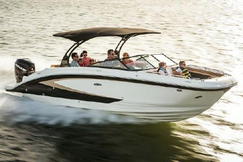 2016 Sea Ray 270 Sundeck Outboard Manufacturer Provided Image