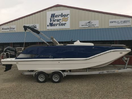 2017 Bayliner Element ELXR7
