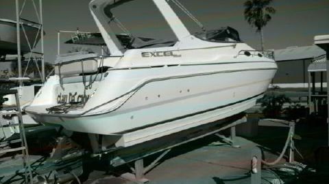 1997 WELLCRAFT 26 SE Excell