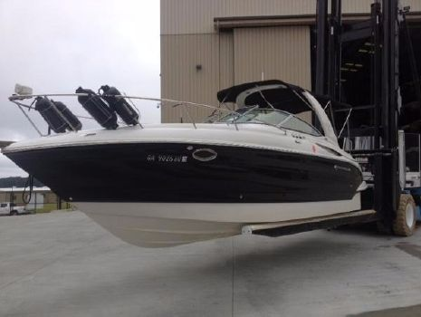 2004 Crownline 270 CR Cruiser