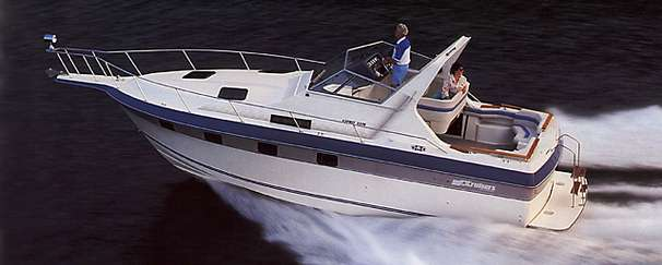 Check Out This 1988 Cruisers Yachts 3370 Esprit On Boattrader Com