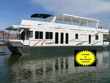 2007 Thoroughbred Custom Houseboat