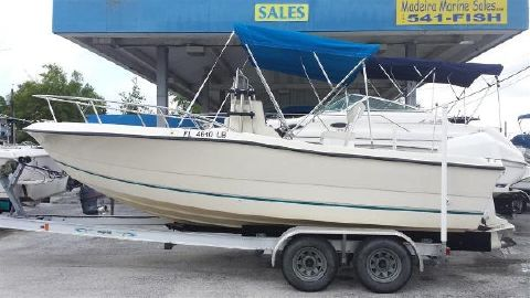 1999 Sea Pro 210 Center Console
