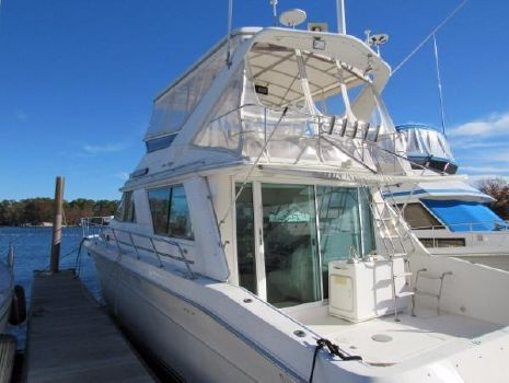 1996 Sea Ray 550  SeaRay Sedan Bridge - Ready to Cruise