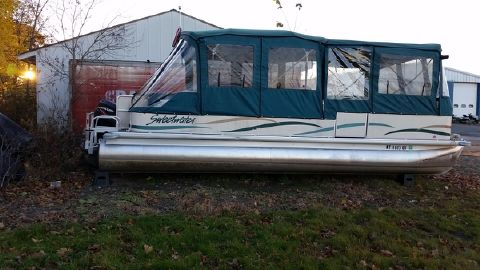 2005 Sweetwater 2424DF