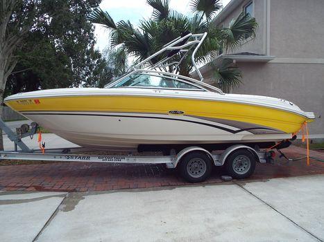 2003 Sea Ray 220