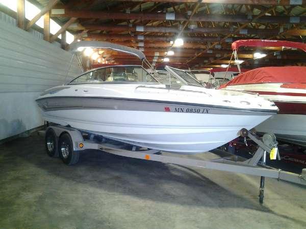 2005 crownline 216 ls 20 foot 2005 crownline motor boat for Used boat motors mn