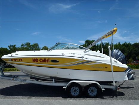 2012 Hurricane Sun Deck 2000