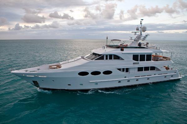 2002 Intermarine Tri-Deck M/Y