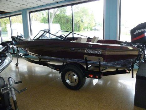 2000 Champion Boats 19 F/S