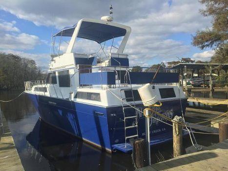 1988 Marinette Motor Yacht At Dock