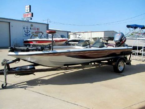 1996 Champion Boats 202 Dcx