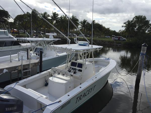 2009 Jupiter 29 29 Foot 2009 Motor Boat In Homestead Fl