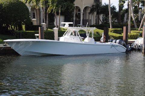 2015 Yellowfin 39 Exterior