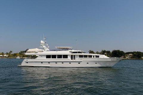 2001 Intermarine Motor Yacht Savannah