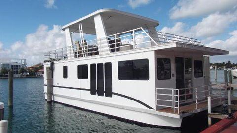 2013 Destination Sleepafloat/houseboat