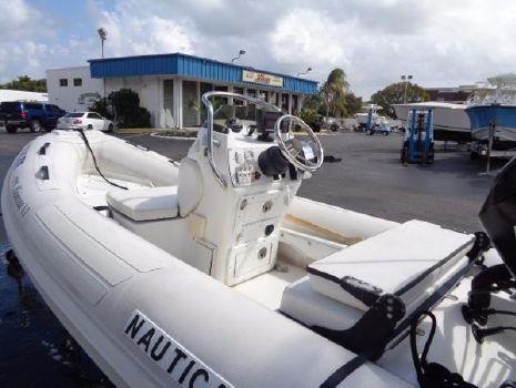 2006 Nautica International 12