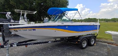 2004 CORRECT CRAFT 210 Limited