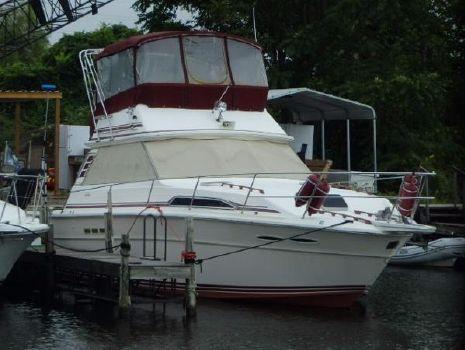 1985 Sea Ray 390 Sport Fisherman