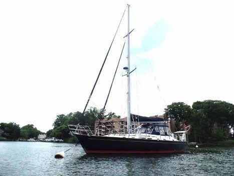 2000 Tayana 48 Port Side