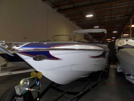 2007 Challenger Boats 33 DDC