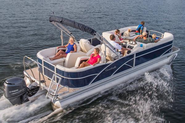 2015 Sweetwater Premium Edition 240 SLR