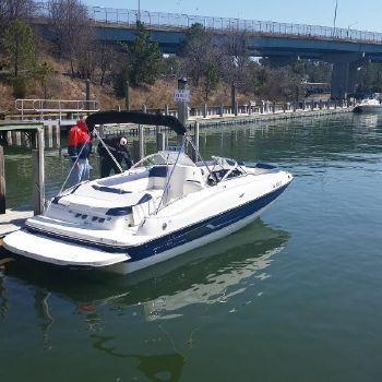 2015 Bayliner 215 Deck Boat 1.jpg