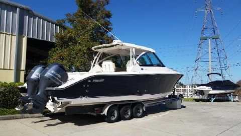 2016 Pursuit 325 DC