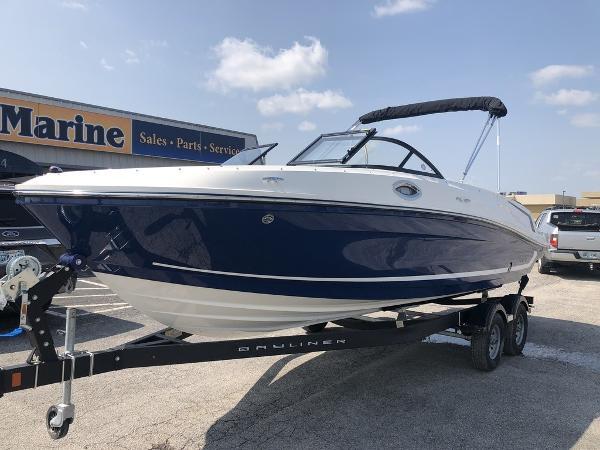 Check out this 2019 BAYLINER VR6 Bowrider on Boattrader com