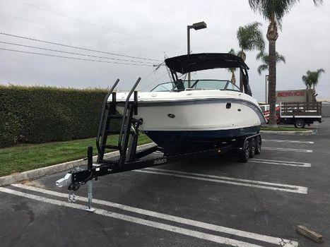 2018 Sea Ray SDX 270