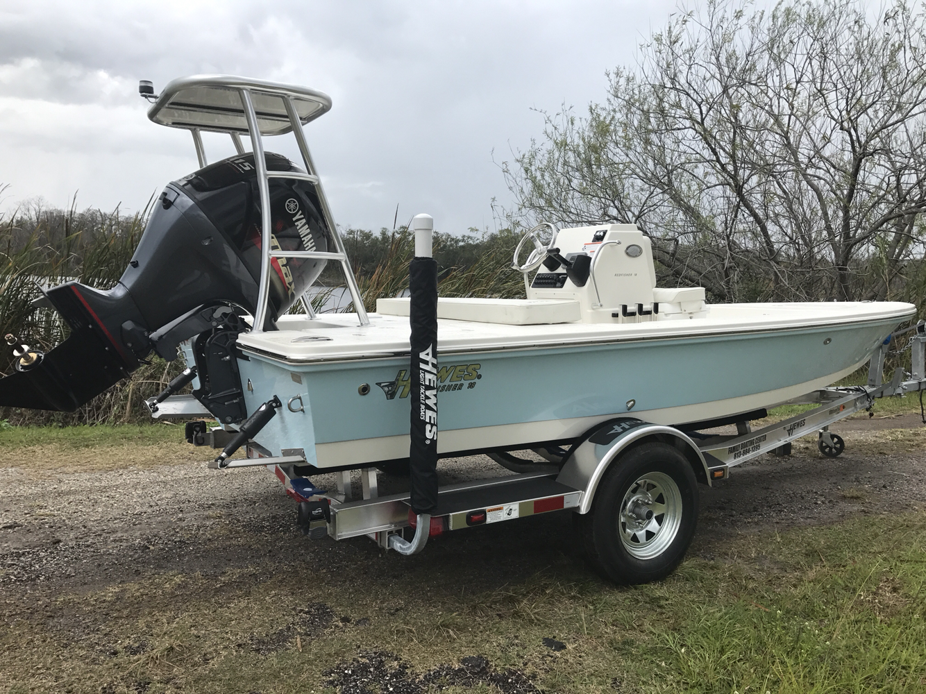 2017 Hewes Redfisher 18 18 Foot 2017 Hewes Redfisher
