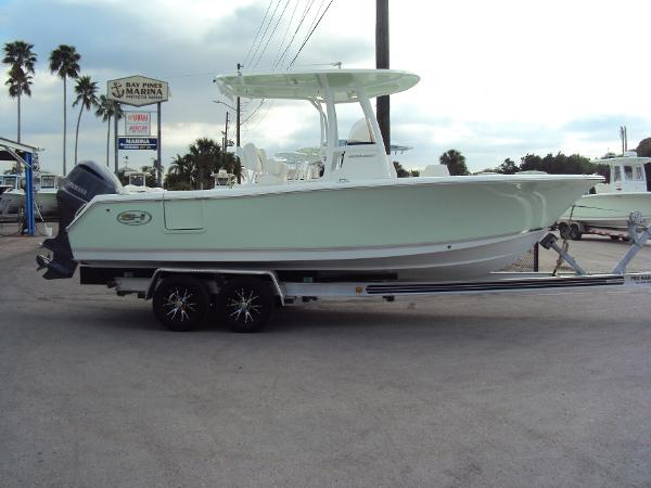 2017 Sea Hunt Ultra 235 SE