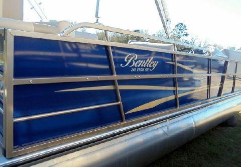 2016 Bentley 240 Fish