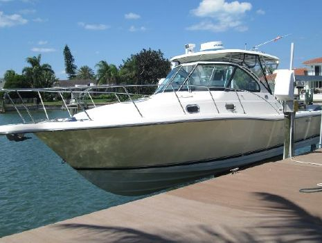 2004 Pursuit 3370 Pursuit