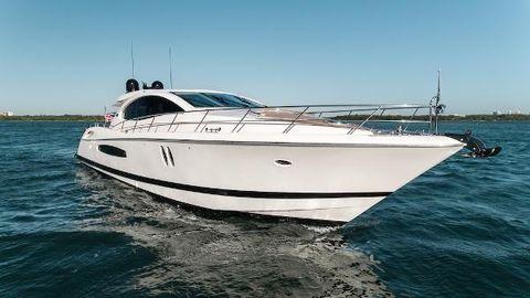 2009 Lazzara LSX 75 IPS 600 Starboard Bow
