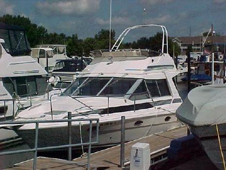 1989 Bayliner 3460 Trophy Convertible 1989 Bayliner 3460 Convertible