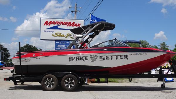 2010 Malibu Wakesetter 247