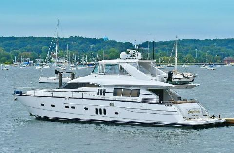 2006 Princess 84 Flybridge Port Side