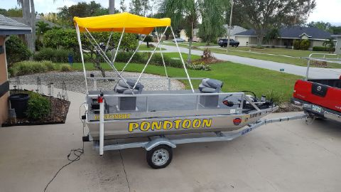 2016 Boatyard Pond toon boat