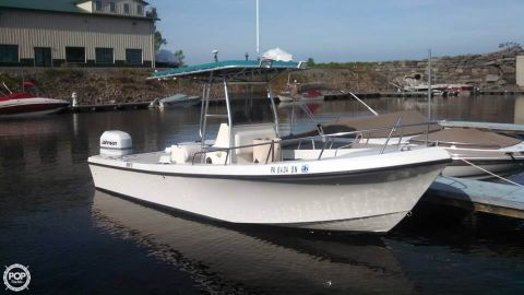 1997 May-craft 23 1997 Maycraft 23 for sale in Sterling, NY