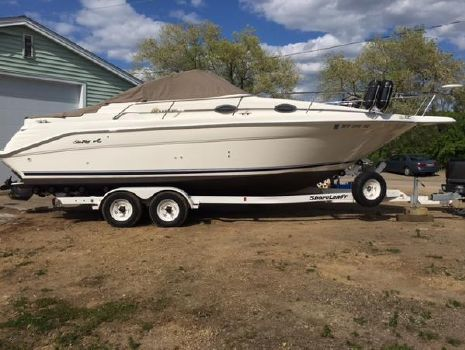 1998 Sea Ray 270 Sundancer Special Edition Starboard Side on Trailer